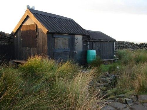 Hut on Ickornshaw Moor